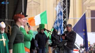 preview picture of video 'St. Patricks Day Parade Munich 2015 - Odeonsplatz Teil 1'