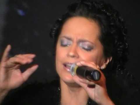 Lucie Bílá - Jinak to nebude (Haňa Zaňa) (live)