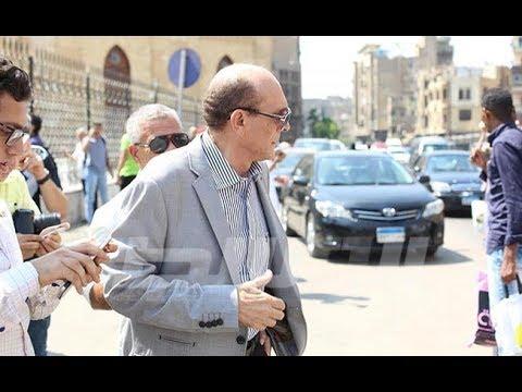فيديو بوابة الوسط محمد صبحي وعزت العلايلي في جنازة جميل راتب