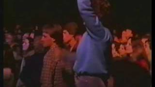 Little River Band - Man On The Run LIVE