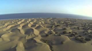 Les Dunes de Maspalomas vues du ciel survolées par un drone