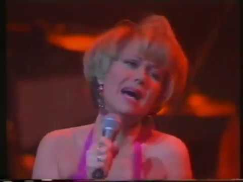 Elaine Paige - Another Suitcase in Another Hall (live)
