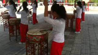 Video : China : Young drummers' impromptu performance in ShanXi 山西 province - video