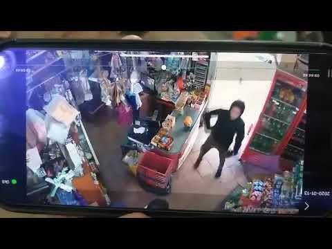 El video del ataque al supermercado chino donde el dueño fue herido en el cuello