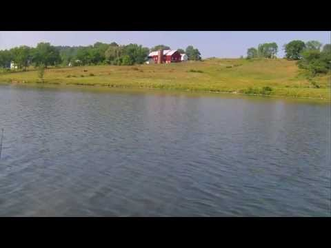 Crappie fishing at its finest (Farm Pond)