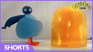Twirlywoos: Bigger And Bigger - CBeebies