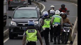 Download Video Salut, Jenderal Polisi Ini Rela Menyamar Demi Mengamati Kinerja Bawahannya MP3 3GP MP4