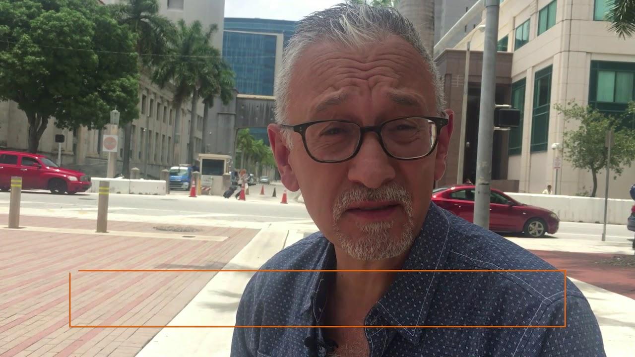 Hablamos con el dibujante más importante de la corte de Miami