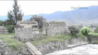 Ruina de Mitla Oaxaca y Como se Fabrica el Mezcal 2010