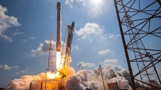 SpaceX запустила ракету-носитель Falcon 9