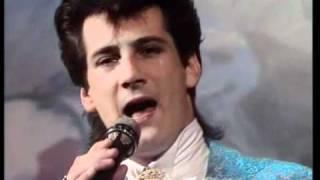 Spandau Ballet - Round and Round 1984
