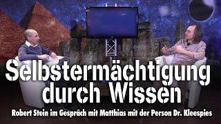 Selbstermächtigung durch Wissen – Matthias mit der Person Kleespies bei SteinZeit