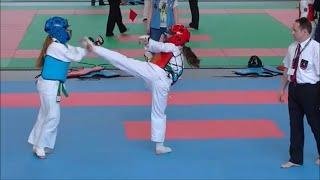 preview picture of video 'Mistrzostwa Polski Karate OYAMA 2013 Moszczenica k. Piotrkowa Trybunalskiego'