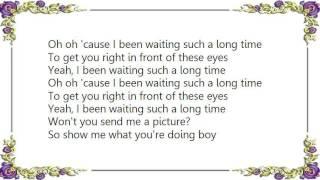Gwen Stefani - Send Me a Picture Lyrics
