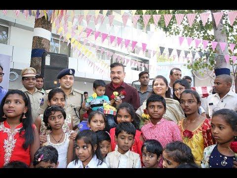 Anjani Kumar Prays For Police Children's