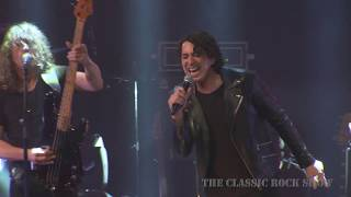 "AC/DC ""Highway to Hell"" performed by The Classic Rock Show"