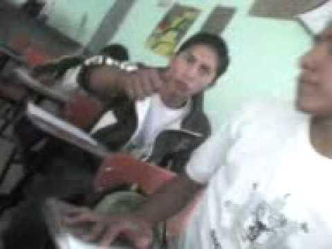 Escuela Secundaria tecnica 35  - Mamadas en el salon 2