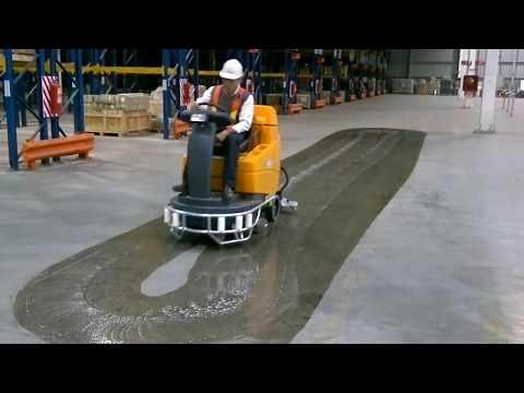 Taski Swingo 4000 binicili zemin temizleme makinası