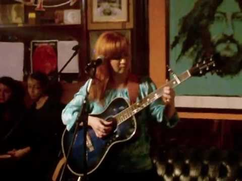 Torn Blue Raincoat: Ginger Speaks Softly 24/10/12 at the Grey Horse, Kingston
