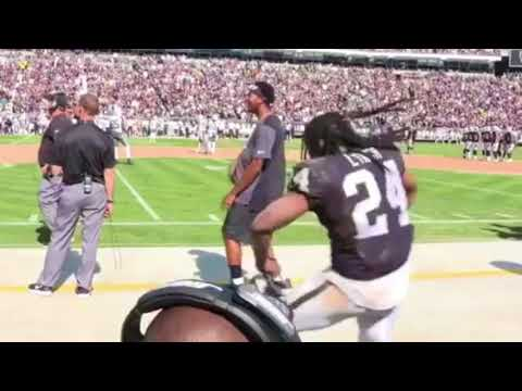 Marshawn Lynch Gets The Whole Oakland Coliseum Dancing [BayAreaCompass]