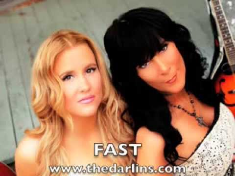 "The Darlins ""Fast"" Lyric Video"