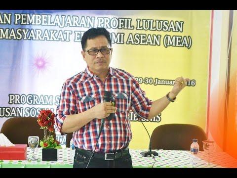 Dok Humas Untad. Prof Dr. Ir. Muhammad Basir Cyio, SE, MS (Rektor Untad) Menyampaikan Materi  Tentang Re-Inventing Upaya Meningkatkan Kompetensi dan Daya Adaptabilitas Lulusan Agribisnis berbasis Learning Outcome Di Fakultas Pertanian Untad