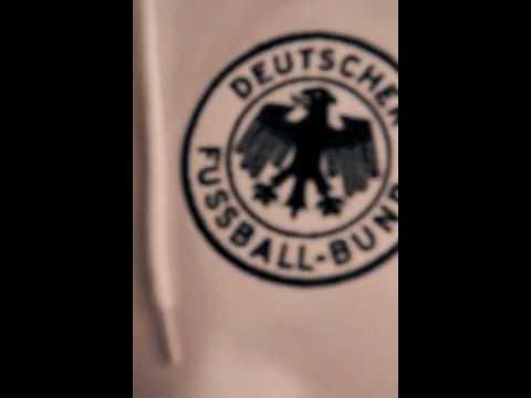 Close Up: Deutschland Retro Fußball Trikot WM 1954