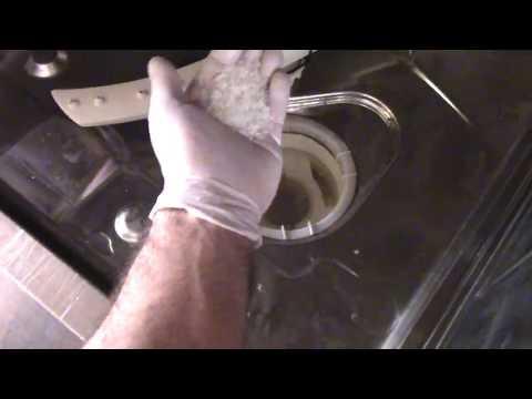Pulizia lavastoviglie, come pulire condotto e tubo di scarico con prodotti naturali