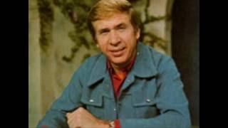 Buck Owens - Santa Looked a Lot Like Daddy