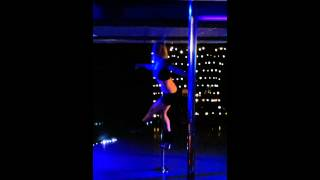 preview picture of video 'Pole dance tricks combo Level 3 Kingston mini routine'