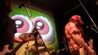 preview picture of video 'Euforia & Patrick Steve - Ojos de Ren & Pulling Teeth (San Miguel del Monte 07/12/13)'