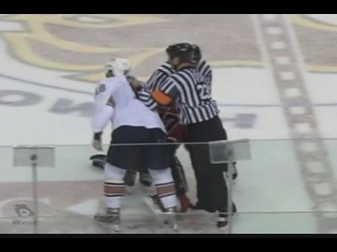 Brandon Prust vs. Dustin Penner