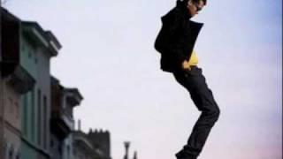 Stromae - Alors On Danse (ELECTRO) [HQ] + Lyrics