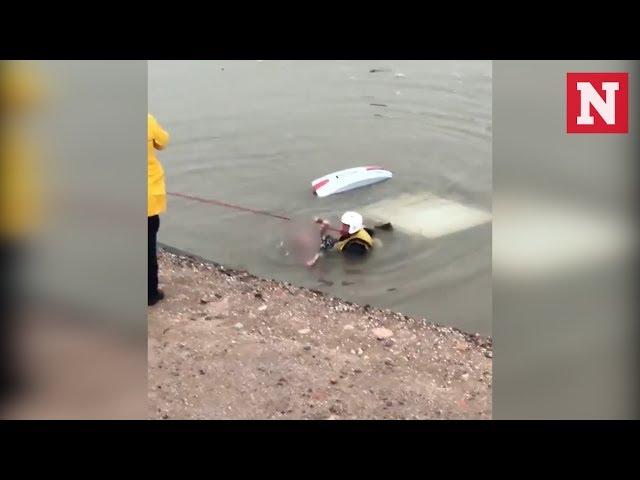 إنقاذ امرأة غرقت داخل سيارتها في قناة مائية بأمريكا
