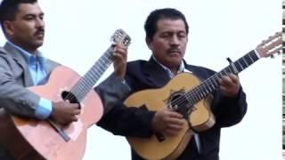 Armadillos - Manda Cumplida (Videoclip Oficial)