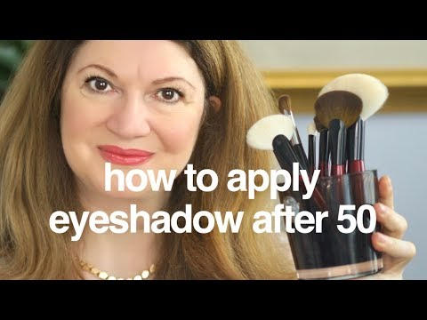 Applying my makeup with Sonia G. Brushes