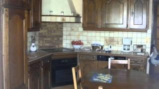 preview picture of video 'Maison avec grand séjour sur 2300m²'