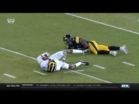 Michigan at Iowa - Football Highlights