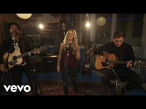 The Shires - A Thousand Hallelujahs (Live at The Pool)