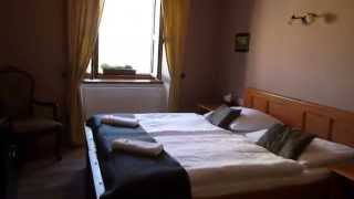 preview picture of video 'Penzion Valtice: Jak vypadá ubytování'