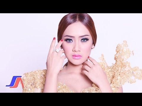 Aku Mah Apa Atuh - Cita Citata (Official Music Video)