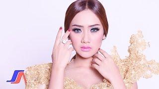 Gambar cover Aku Mah Apa Atuh - Cita Citata (Official Music Video)