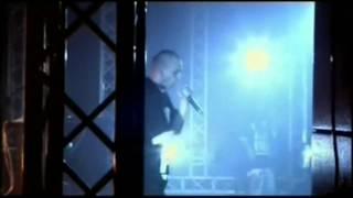 Fabri Fibra- Applausi per fibra (live alcatraz 2006)