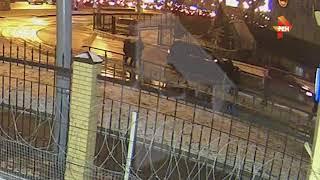 Инспектора ДПС жестоко избили толпой на месте ДТП в Москве