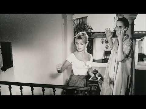 Una exposición fotográfica inédita de La Térmica recoge el paso de la estrella Brigitte Bardot por la provincia de Málaga