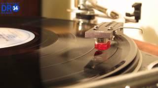 Lenco L75 plays...Joni Mitchell | Cotton Avenue (Vinyl)
