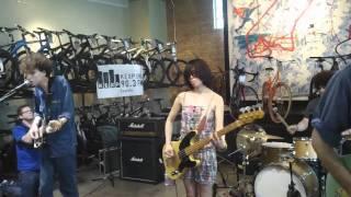 "Yuck ""Shook Down"" @ Mellow Johnny's SXSW 3/16/11"