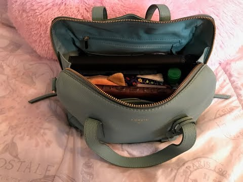 1 year update on my Fossil Sydney Satchel & What's in my bag.