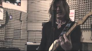 Video Steve Misik & Co. - You keep on moving (cover)