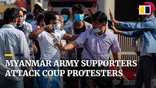 Uzbrojeni w noże zwolennicy armii Myanmaru atakują protestujących przeciwko przewrotowi w Rangunie